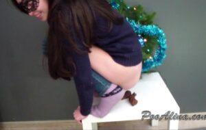 Christmas pooping with PooAlina Scat Slave Video [HD / 2020]